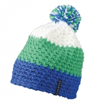 crochet cap with pompon