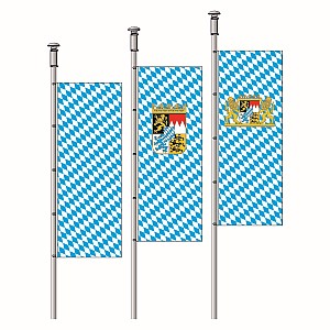Execution hoisting flags in oblong format with plastic springhooks at the pole side