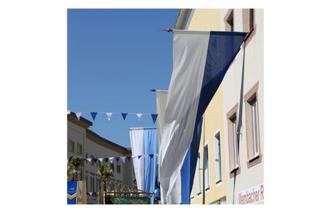 Hanging and oblique flags
