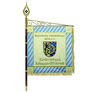 Standard Bavarian Soldiers' Association with rhombs and crest of the district association