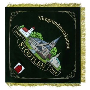 Three churches on the home side of the music club flag of Stödtlen